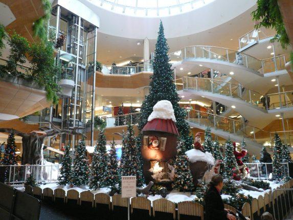 Centre_commercial_la_Part_Dieu_Lyon noel hiver