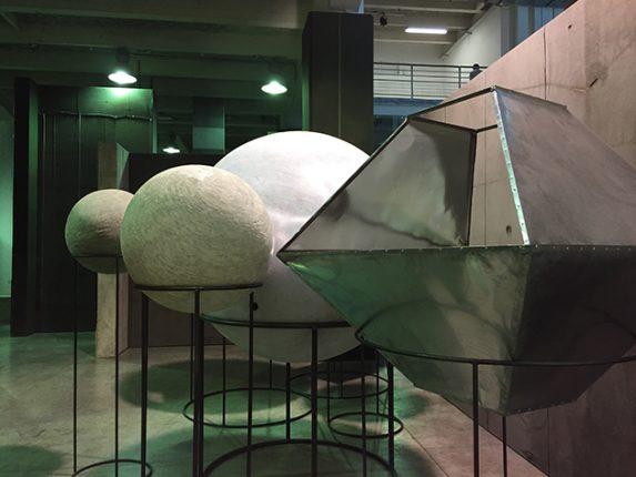 Installation labyrinthique : Liu Wei avec Enigma