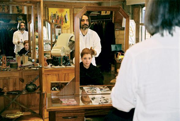 dcouvrez les salons marcapar lyon les cuisiniers du cheveu girls take lyon le webzine de tous les lyonnais - Coloration Cheveux Marcapar