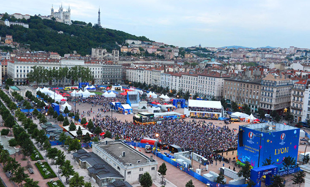 Fan zone de la place Bellecour