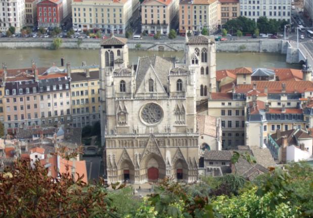 cathédrale saint jean horloge2