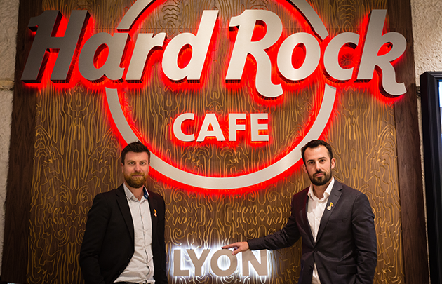 hard-rock-cafe-3